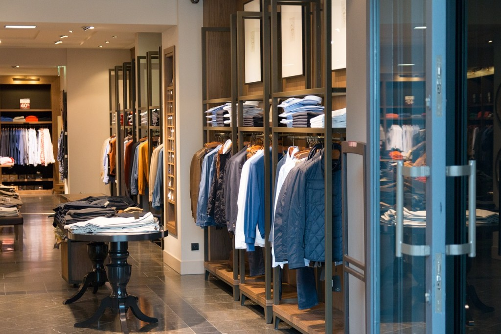 shop-906722_1280